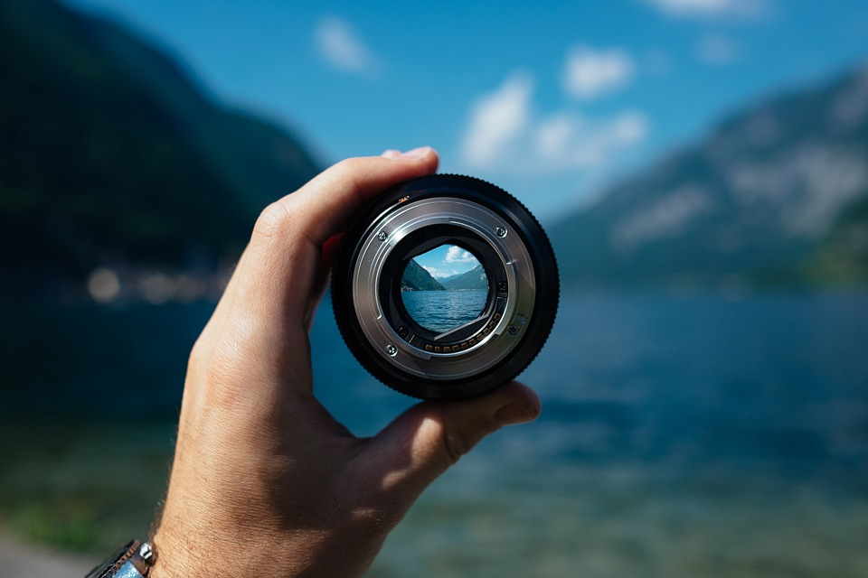 lens-1209823_960_720 (1)