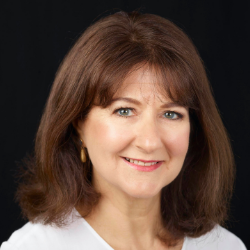Clare Ramos-1